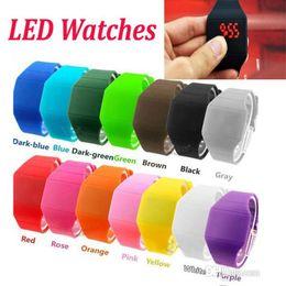 Bracciale in vita online-Digital LED Sport Watch Candy Colors Gel gomma gelatina Studenti unisex Electronic Silicone cinturino da polso Bracciale orologi vita