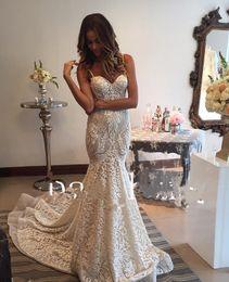 vestido escote spaghetti talla 16w Rebajas Berta Lace Mermaid Backless Vestidos de novia 2017 Appliqued Sexy Spaghetti escote Counrt tren vestidos de novia más tamaño vestido de novia