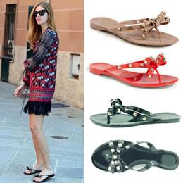 Argentina 2017 mujeres flip flops mujer jalea sandalias remache verano playa zapatos sapatos femininos zapatos mujer chaussure femme sapato feminino sandalias Suministro
