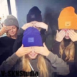 Wholesale Christmas Lady Hot - Hot Sale Smile Knitted Women Hats Fashion Lady Skull Capes Many colors In Stock Winter Outside Warm Girl Hats Free Shipping