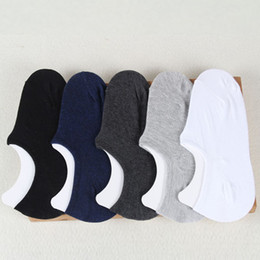 Wholesale Men Body Warmer - 2017 New Men's Ankle Invisible Socks Cotton Ship Boat Short Sock Men Winter Warm Breathable deodorant Shallow incision Socks free shipping