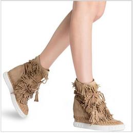Envío gratis LTTL venta caliente de gamuza franja botas de cuña aumento de altura ata para arriba el tobillo botines borlas botas mujeres de alta calidad desde fabricantes