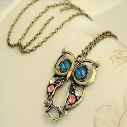 Wholesale HOT Brand Fashion Lady Crystal Big Blue Eyed Owl Long Chain Pendant Sweater Coat Necklace