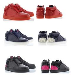 Zapatillas de deporte de los royaums online-Famosos Spikes Sneaker Shoes Hombres / Mujeres Royaums Kilian Revo Cuero Genuino Pisos Con Zapatos Al Aire Libre Trainer Footwear Vestido Zapatos 38-46