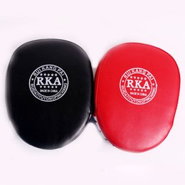 punch boxing gloves Promo Codes - Fashion Boxing Mitt Training Target Focus Punch Pads Gloves MMA Karate Combat Thai Kick PU Foam Material Boxing Protective Gear
