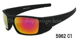 Wholesale Special Drive - Free Shipping To United States Via ePacket Men's Sunglasses Famous Design Of Fashion Sunglasses Special Brand Logo 7 colors can choose order