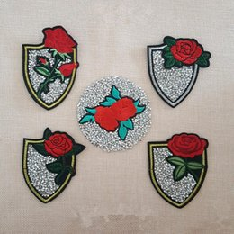 Wholesale Beautiful Dimensional Applique - 2017 New Patches Beautiful Flowers embroidered emblem patches iron on Motif Applique Fabric cloth embroidery accessory