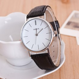 Wholesale Men Real Watches - Fashion free shipping Geneva Popular watches Geneva, Geneva watch Real leather strap casual watch men and women