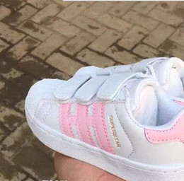 Wholesale head rounding - 2017 new Brand Shell Head boy girls Sneakers Superstar children Kids Shoes new stan shoes fashion smith sneakers leather sport running shoes