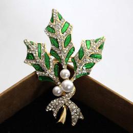 Nouveau Design Promotion Cristaux Feuille Broche Vintage Vert Couleur Broches Pour Femmes Hommes Chemise Collier Clip Hijab Pin Up Bow Broche Broche ? partir de fabricateur