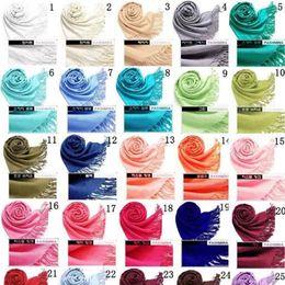 2018 40 Farben Hot Pashmina Cashmere Solide Schal Wrap Damen Mädchen Damen Schal Weiche Fransen Solide Schal von Fabrikanten
