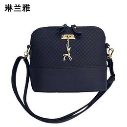 Wholesale Cell Phones Shell Shapes - Wholesale- HOT SALE!2016 Women Messenger Bags Fashion Mini Bag With Deer Toy Shell Shape Bag Women Shoulder Bags