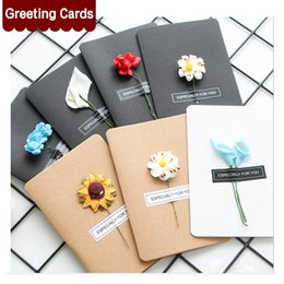 Wholesale Flower Greetings - Hand-Made Christmas Festival Greeting Cards Dried Flower Decoration DIY Vintage Kraft Paper Thank You Cards Anniversary Birthday Card Simula