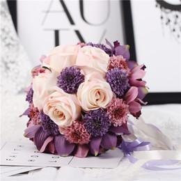 Wholesale Ручной работы высокое качество красивый фиолетовый розовый цвет свадебный невесты цветок свадебный букет искусственный цветок розы свадебные букеты