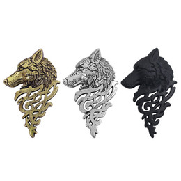 Wholesale Collar Pin Men - Wholesale New Arrive Vintage Hellish Hollow Alloy Wolf Head Brooches Pin for Mature Men Collar Accessory