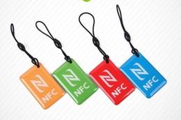 2019 celulares lumia Al por mayor- NTAG216 13.56MHZ impermeable NFC etiqueta Epoxy tecla compatible para todos los dispositivos del teléfono celular Galaxy S5 S4 Lumia celulares lumia baratos