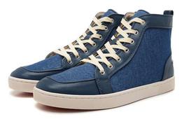 Salida de cinturones online-Zapatos de moda de cuero rojo inferior de la correa de cuero zapatos casuales par alta salida de fábrica de la estación europea envío gratis