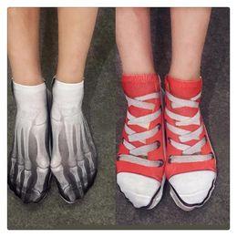2019 chaussettes squelette 3D nouveauté chaussettes mode drôle de coton cool 3D multi motif imprimé chaussettes squelette os chaussettes hommes femmes sous-vêtements livraison gratuite chaussettes squelette pas cher