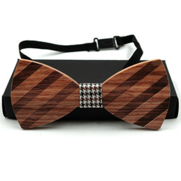 Wholesale Knitted Bowties - 2017 New Arrival Brand Mens Wooden Bow Ties striped designer solid wood Bowties for Men hombre corbatas business party WBT20