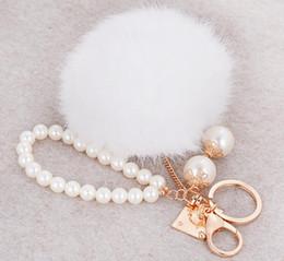 2019 perlencharme Mode Nachahmung Kaninchenfell Ball Keychain Perle Perlen Pelz Pompons Schlüsselanhänger Schlüsselanhänger Frauen Auto Bag Charms Anhänger Chaveiro rabatt perlencharme