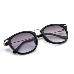07d9668b2c Al por mayor- Gafas de sol de miopía con gafas acabadas 2 en 1, marco de  miopía de moda y lentes de sol de 100-400 grados -1 -1.5 -2 -2.5 -3 -3.5 -4