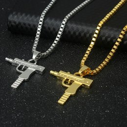 Wholesale Necklace Golden - New Hip Hop Necklaces Engraved Gun Shape Uzi Golden Pendant High Quality Necklace Gold Chain Popular Fashion Pendant Jewelry