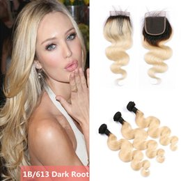 12 24 extensions Promotion Ombre Hair Extensions # 1b / 613 Blonde Dark Roots Ombre Cheveux humains 3Pcs Avec 4 * 4 '' Lace Closure Deux tons Ombre Body Wave Hair Weave