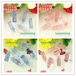 Encantos de luz de acrílico online-200 unids / lote Mini Tamaño 28 * 11mm Acrílico Rosa Claro / Azul Color Botellas de Bebé Para Favores de Baby Shower ~ Encantos Lindos ~ Decoración de fiesta