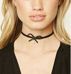 Wholesale Pearl Bow Tie Necklace - Fashion Choker Necklaces Women 2016 Female Black Leather Suede Rope Bow Tie Simulated Pearl Necklaces & Pendants Collar Bijoux