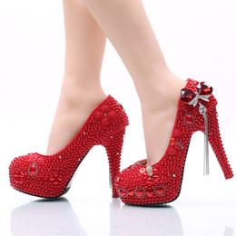 Сверкающий Красный жемчуг Gem кисточкой Золушка обувь ручной выпускного вечера высокие каблуки бисером стразами свадебные невесты свадебные туфли 140 от Поставщики кожаное освещение