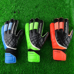 Wholesale Top Quality Gloves - New Top Latex Football Goalkeeper Gloves Quality Goods Movement Male New Soccer Gloves Latex Professional Soccer ball Gloves