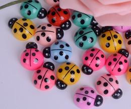 100pcs resina coccinella Flatback perline Figurine miniature per mestiere di scrapbooking Fai da te Headwear Decorazione del cellulare supplier bead headwear da cappellino di perline fornitori