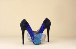 Tacones de cuentas azules online-Venta al por mayor Zapatos de Cenicienta Negro Royal Blue Silver Ombre Beaded High Heels Prom Zapatos de noche de novia de dama de honor de boda 009
