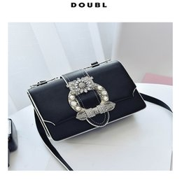 Wholesale Christmas Decoration Metal - 2017 New Euramerican Fashion Bags ladies handbags single shoulder bag cross body bags pearl & metal decoration vintage style flap shape