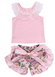 Wholesale Infant Lace Shirts - Baby girl outfits infant sleevesless lace cotton T-shirt+printed ruffle bows shorts 2pcs sets 2017 new toddler kids clothes C0008