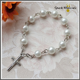 Wholesale Mini Finger Ring Bands - 25 lot Religious Party Baptism Favors White Glass Pearl Finger Rosary Catholic Mini Rosary Ring Baby's Communion Favors Cross Finger Rings