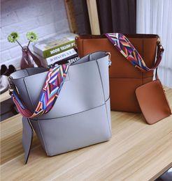 Wholesale Diamond Cross Strap - Women Luxury Bags Korean shoulder diagonal bucket bag female folk style leisure bag strap color portable source of air bag out114