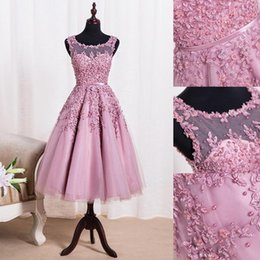 Wholesale Sexy Lace Cocktail Dresses - 2017 New Crew Neck Lace Knee Length Cocktail Dresses Organza Lace Applique Beaded Short Party Homecoming Evening Gowns CPS298