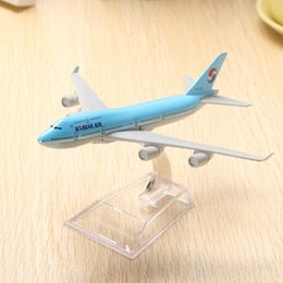 Wholesale Airlines Airplane Model - Wholesale- New Arrival B747 Air Aircraft Model 16cm Airline Airplane Aeroplan Diecast Model Collection Decoration Best Cool Gift For Boys
