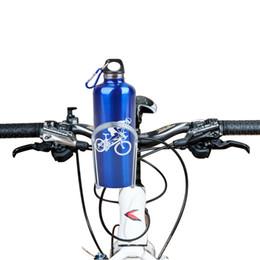 Portabotellas bicicleta agua manillar online-Ciclismo Bicicleta Bicicleta Negro / Plata Aleación de aluminio Manillar Titular de la botella de agua Jaulas de almacenamiento Rack Envío gratis