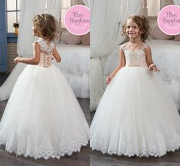 Wholesale Kids Pink Corset - Cute Lovely White Ball Gown Tulle Flower Girls Dresses Crew Neck Lace Appliqued Kids Formal Wear First Communion Dresses Corset Back