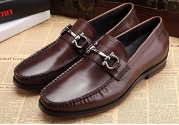 Wholesale Famous Heels - Famous Brand Black Brown Genuine Leather Man Handmade Loafers Round Toe Slip on Men's Low Heel Moccasin Boat Flats Shoes
