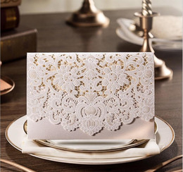 Wholesale Red Gold Wedding Card - Wholesale white Personalized wedding invitation cards new designed folding Korean wedding invitation card laser cut hollow cards on hot sale