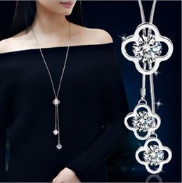 Wholesale Clover Leaf Necklaces - Women Fashion Four Leaf Clover Crystal Snake Chain Long Pendant Sweater Necklace