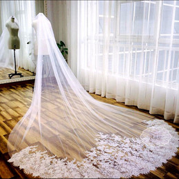 Wholesale Mantilla Champagne - Luxury 3 Meter White Ivory Cathedral Wedding Veils Long Lace Edge Bridal Veil with Comb Wedding Accessories Bride Mantilla Wedding Veil