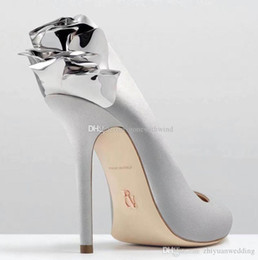 Wholesale Silver Satin Pumps Wedding - 2017 new arrival pink satin bridal wedding shoes with rose Slip-On high Stiletto heel pumps evening party prom shoes