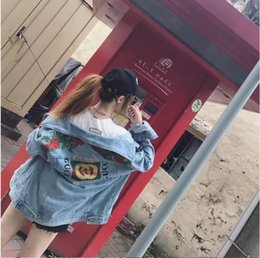 Wholesale Coated Denim Shorts - Denim Jacket women denim bomber Jacket long sleeved Couples Clothes denim jacket Female Embroidery Rose off white retro coat