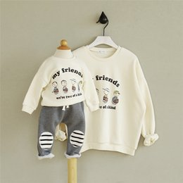 Wholesale Sweater Mother Daughter - Australia 2017 Korean mother daughter son clothes White sweater(my friends) sisters same clothes family matching outfits