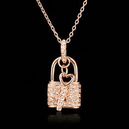 Wholesale Gold Key Necklaces For Women - Unique Lock & Key CZ Diamond Necklaces & Pendants 18K Rose Gold Plated Fashion Brand CZ Diamond Jewelry For Women Charm Accessiories DFN402