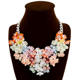 Wholesale Colorful Rhinestone Statement Necklaces - Fashion Jewelry Chunky Statement Necklace Colorful Small Broken Flower Waterdrop Pendant Crystal Choker Bib Necklace Five Colors Mix Order